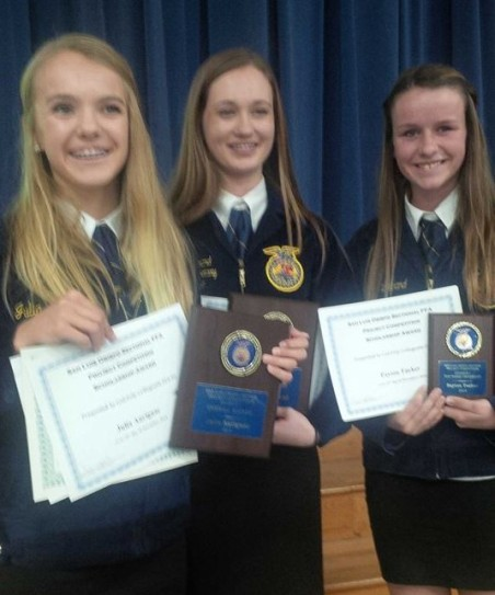 Lilly, Payton and Julia - Project Comp Winners